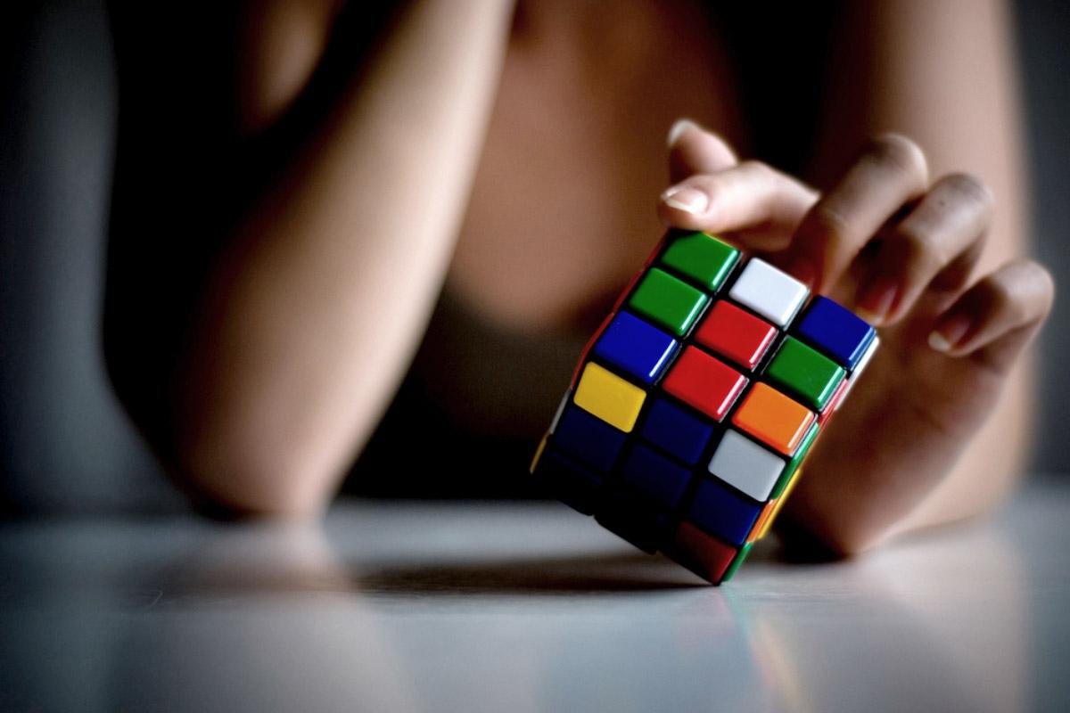Como resolver o Cubo Mágico de Rubik?